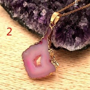 GORGEOUS ♡ GEODE SLICE NECKLACE